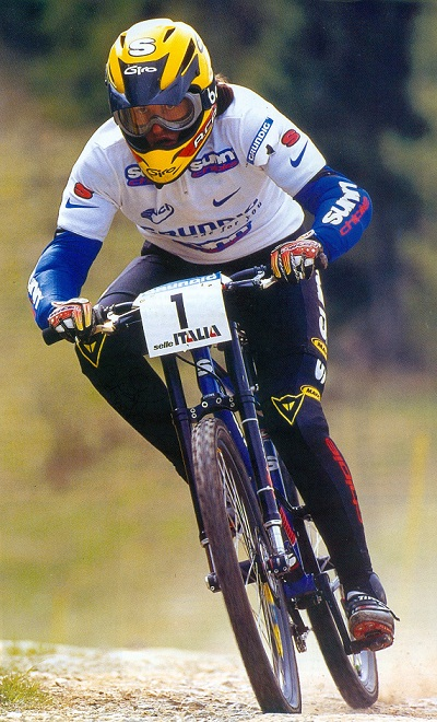 Anne-Caroline-Chausson-former-top-BMX-racer-later-on-champion-class-DH-racer-and-in-2008-first-ever-Olympic-Champ-Elite-Ladies
