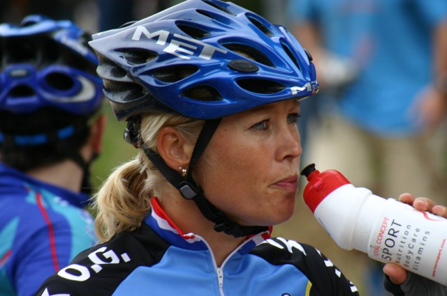 Corine-Dorland-(NED)-many-times-World-Champion-BMX-moved-to-MTB-cross-country-riding-participated-in-the-Australian-Olympics
