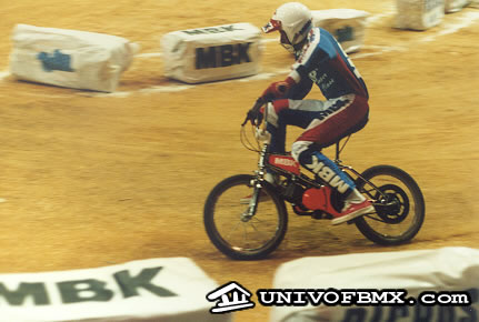 Around 1985 Motobecane (BMK) presented it's motorized BMX bike, called CRAZY BIKE